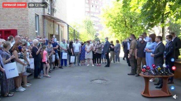Зеленский дал квартиры жителям пострадавшего от взрыва дома