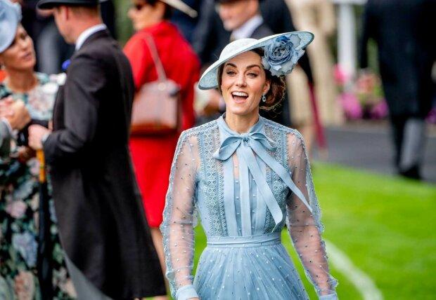 Кейт Миддлтон может родить принцу четвертого ребенка: подробности
