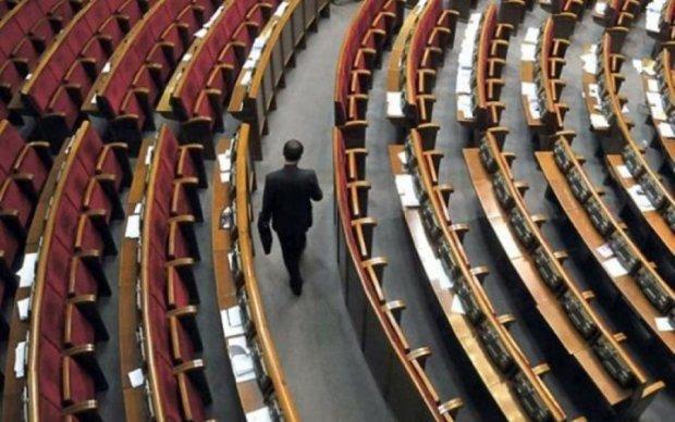 Депутати пояснили, чому прогулюють: дуже зайняті і просто пофіг
