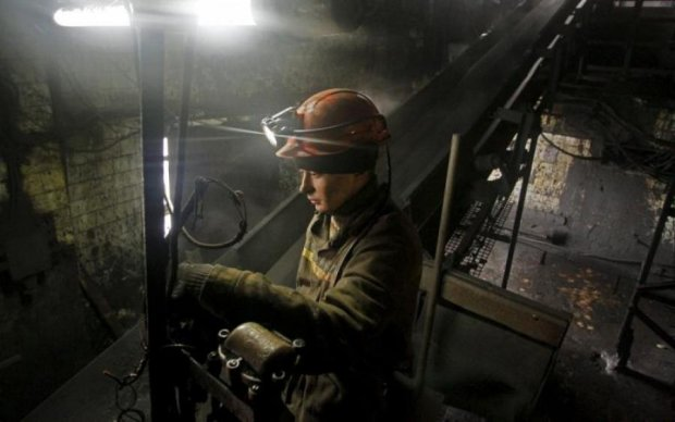 Шахов: могильники доріг і бездиханні шахтарі – ціна премій Коболєва