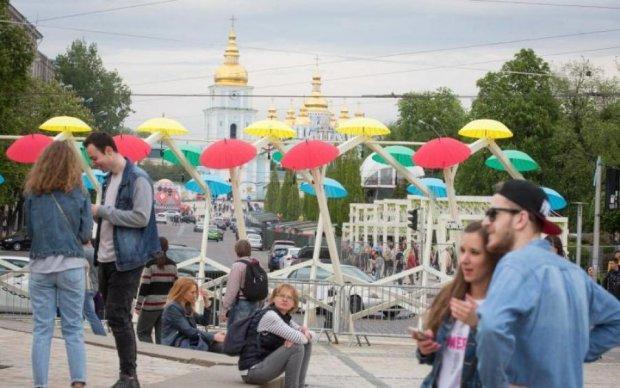 Українці показали приклад взаємовиручки: бабусю шукав весь Київ