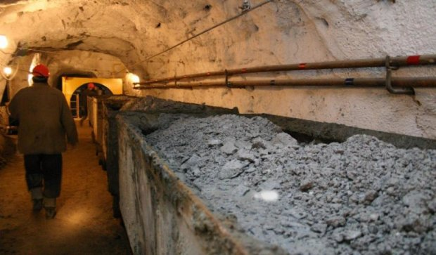 """Террористы """"ЛНР"""" за июнь захватили 26 шахт"""