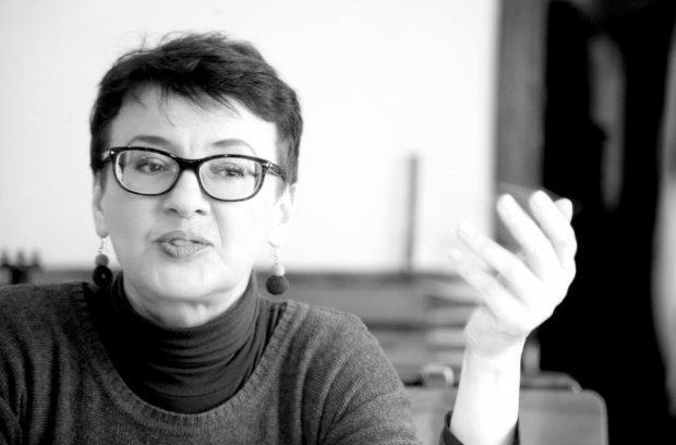 """""""Телевізор переміг холодильник"""": Забужко розклала по поличках відрив Зеленського"""