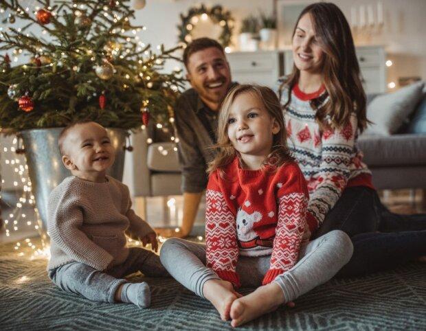 Поздравления в стихах, https://www.sassymamahk.com/style-family-festive-fashion/