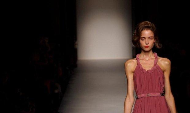 У Франціі пропонують саджати у в'язницю за худорбу моделей