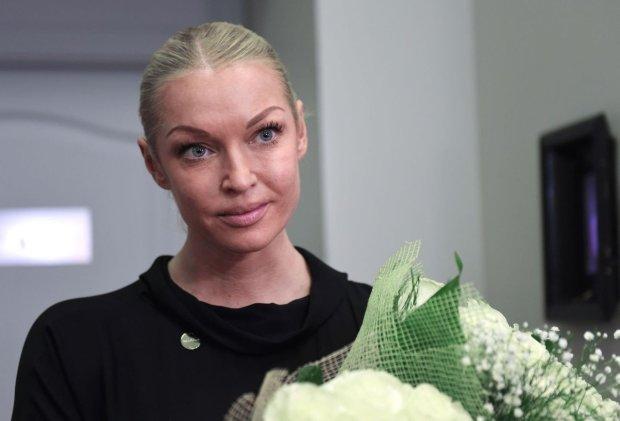 Поклонники пытаются выдать замуж Волочкову: причина шокирует каждого
