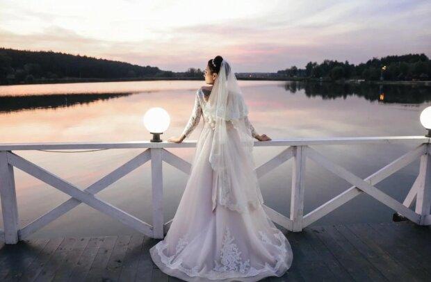 """На свадьбу Приходько """"ворвался"""" Шуфутинский: белое платье невесты """"пошло по рукам"""""""