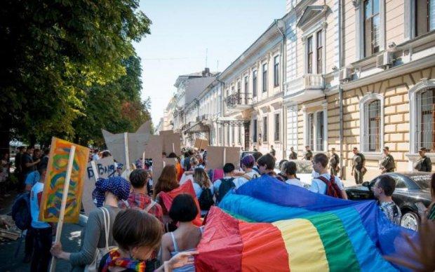 Скрепы, иконы и священная вода: после ЛГБТ-марша в Одессе начался парад слабоумия и мракобесия