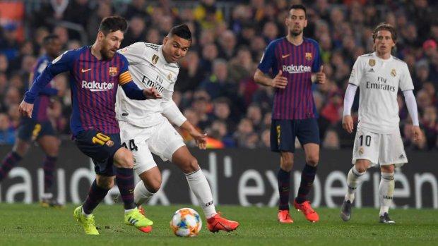 Барселона и Реал устроили рубилово в Эль Класико