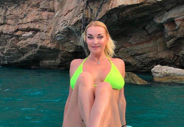 Анастасия Волочкова, instagram.com/volochkova_art/