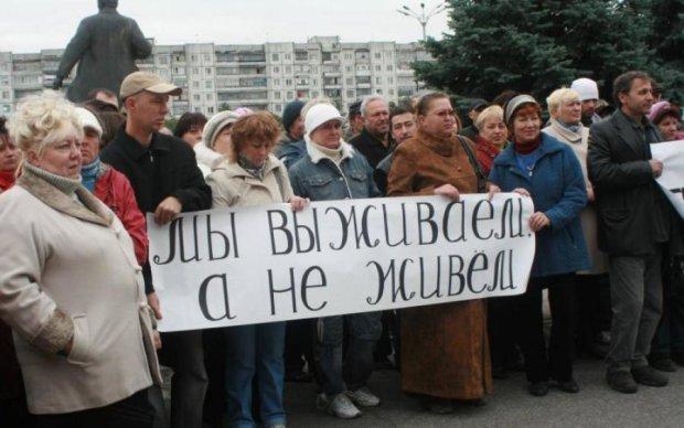 Оккупанты поставили луганчан на грань выживания