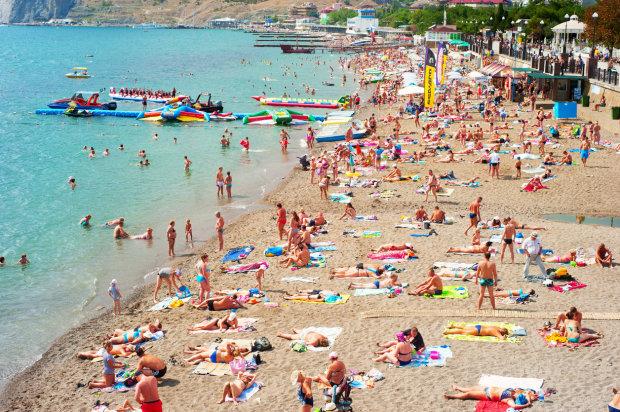 Муки українських туристів нарешті закінчилися: нові правила вступають в дію