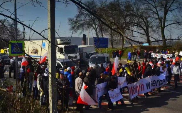 Протест поляков на Львовщине оказался провокацией Кремля