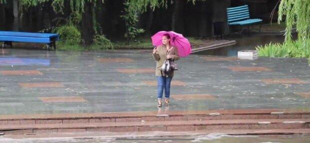 Курорты Запорожья затопило по пояс: у лета нет шансов