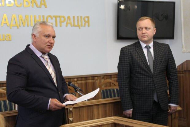 Из Франковщины убрали еще одного чиновника Порошенко: губернатор Шмыгаль уволил главного медика области