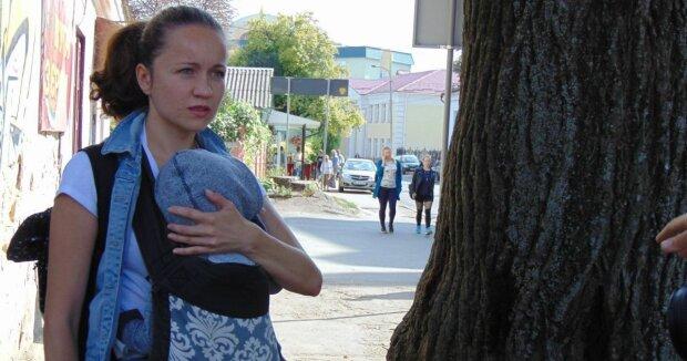 Оксана Майборода с ребенком, фото: Facebook