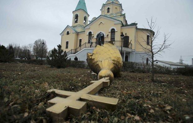 Для московських священиків знадобиться мітла побільше: вважають, що живуть на своїй землі