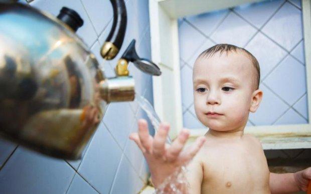 Киянам радять запастись водою, її відключать