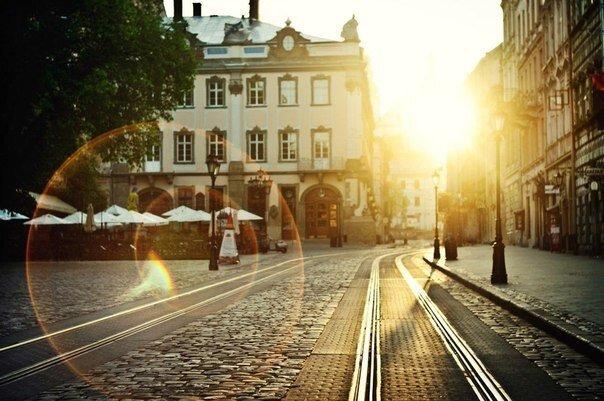 Сонце пограє з львів'янами у піжмурки: синоптики потішили прогнозом на 6 вересня