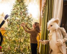 Олена Зеленська біля ялинки, фото Getty Images