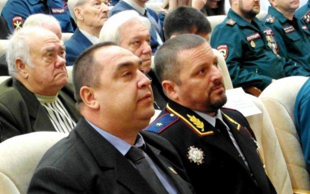 Корнет проти Плотницького: що не поділили ватажки бананової республіки