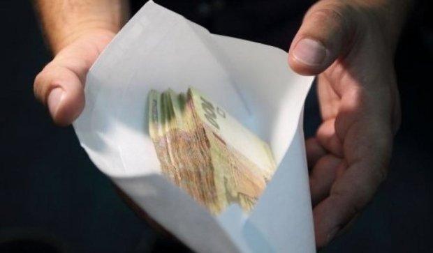 Средняя взятка в Украине выросла до 40 тысяч