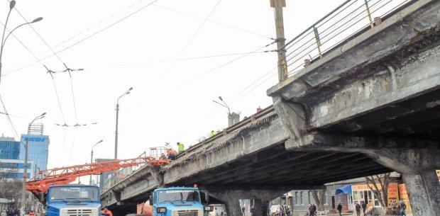 В этом году не ждите: ремонт Шулявского моста решили отложить