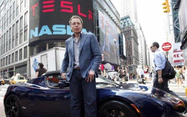 Маск відправить Tesla у космос