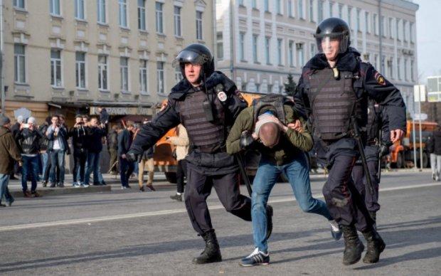 В'язень Кремля розповів, як з нього вибивали зізнання