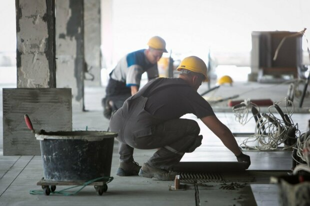 Зарплаты украинцев активно взлетают вверх, что повлияло на доходы работников