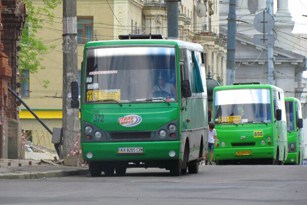 Харківські маршрутки подорожчали на локдауні: повний список
