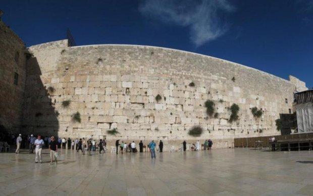 Возле стены плача найдена загадочная печать возрастом 2700 лет