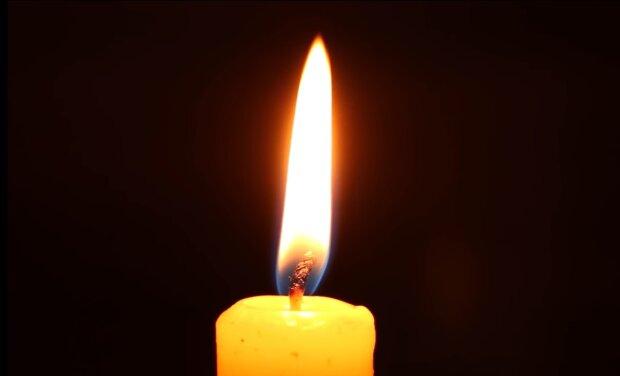 На Львівщині прощаються із загиблими на Донбасі героєм - врятував товаришів і впав під кулями