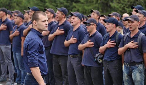 """""""Поліцейська академія"""" відрепетирувала вручення дипломів (фото)"""