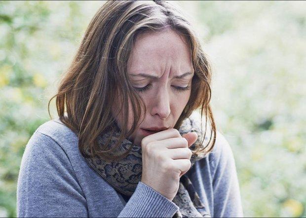 Бронхіт, трахеїт та пневмонія: як розрізнити небезпечні хвороби за кашлем