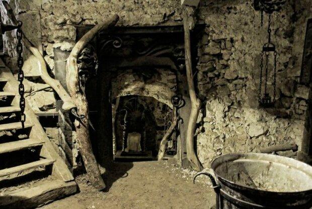 Замок Гоуска, фото из открытых источников