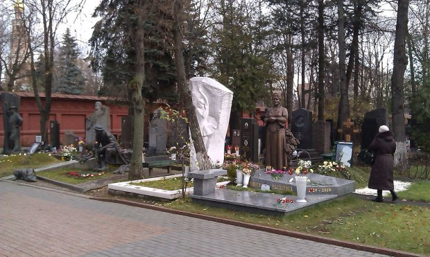 Низка жахливих смертей приголомшила Тернопіль, місцеві бояться вийти з дому