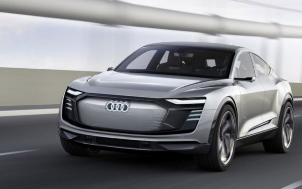 """Audi порадовала любителей """"зеленых"""" авто стильным кроссовером"""