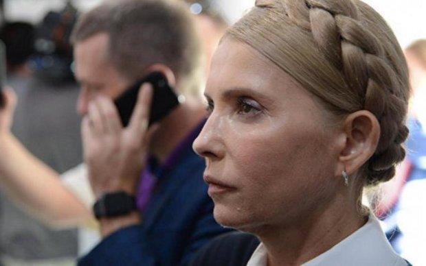Смирительная рубашка: украинцы хохочут над новым нарядом Тимошенко