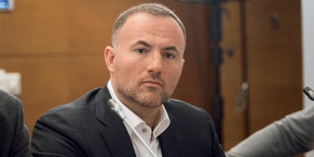 Павел Фукс наживется на киевлянах: метрополитен направит сотни миллионов на счета авторитета