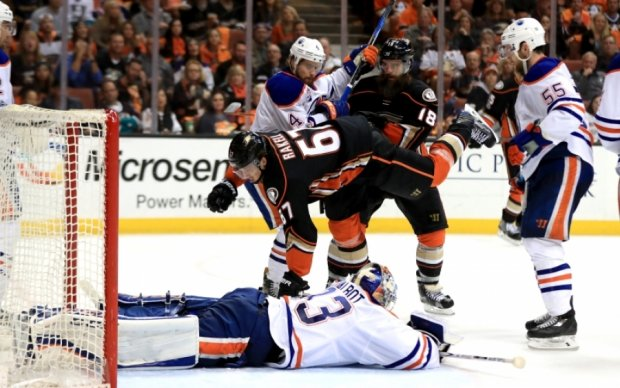 НХЛ: Сент-Луис сравнял счет в серии с Нэшвиллом, вторая выездная победа Эдмонтона