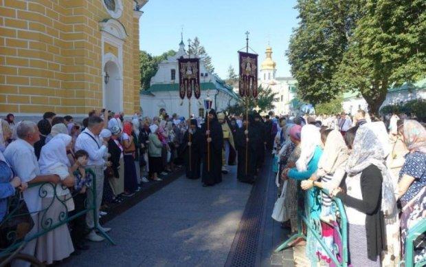Московські попи заговорили про якийсь референдум