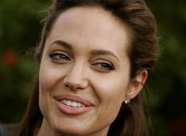Анджеліну Джолі визнали феміністкою №1