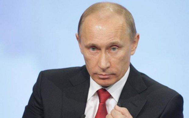 Недотермінатор: у Путіна показали секретну зброю