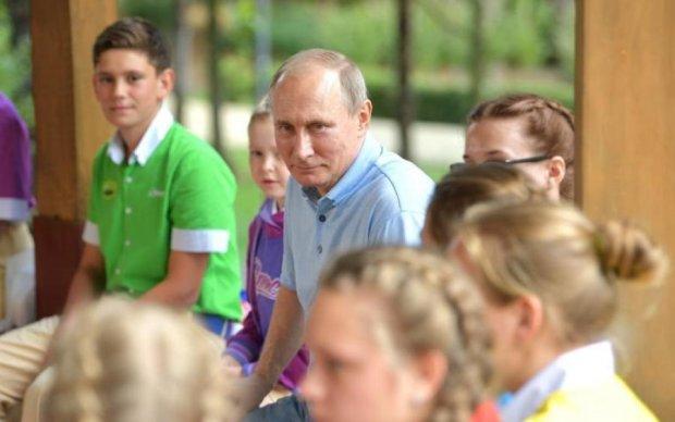 """Щоб не образно: Путін розповів дітям Артека """"про найголовніше"""""""