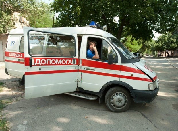 """Львів'янин посадив себе на """"електричний стілець"""", такої загибелі і ворогу не побажаєш: медики примчали за обвугленим тілом"""