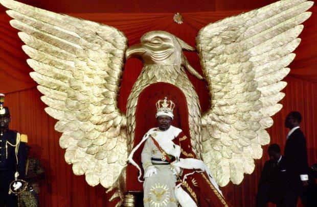 5 історій з життя найепатажнішого диктатора: 17 дружин, золотий трон і студенти на вечерю