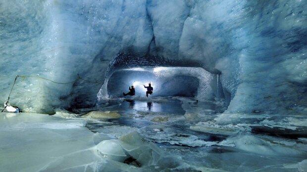 """Глобальне потепління """"подарувало"""" археологам дивовижні знахідки: в Антарктиді знайшли сліди невідомої цивілізації"""