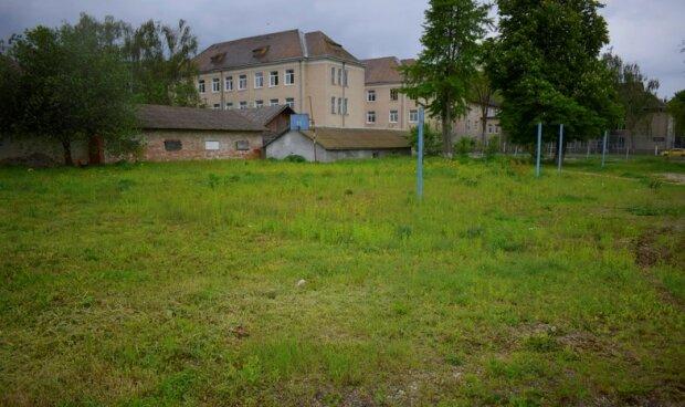 У Галичі розшукали бункер для тортур жертв катів Сталіна - темрява, сирість і камера розміром з домовину