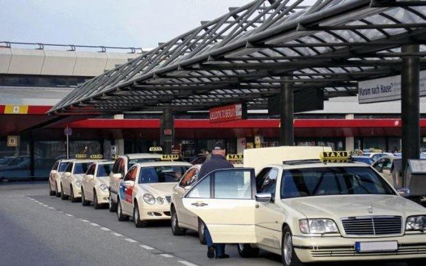 Прощайте, пробки: немецкие таксисты провезут по облакам
